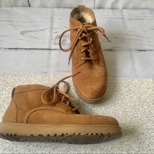 5762a3791 UGG. EUC Ugg Bethany Lace Up Bootie in Chestnut